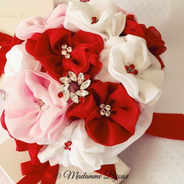 buchet-mireasa-nasa-lucrat-manual-flori-matase-rosii-roz-albe